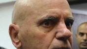 דני ביטון, אביו של הזמר אייל גולן וחשוד מרכזי בסרסור בקטינות, אתמול בבית המשפט בתל-אביב (צילום: יוסי זליגר)