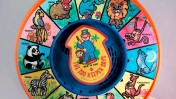 """צעצוע """"שומר גן החיות אומר"""" (צילום: ChrisM70, רשיון cc-by-nc-nd)"""