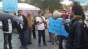 עובדי one מפגינים נגד ההנהלה, 8.1.14 (צילום: ועד one)
