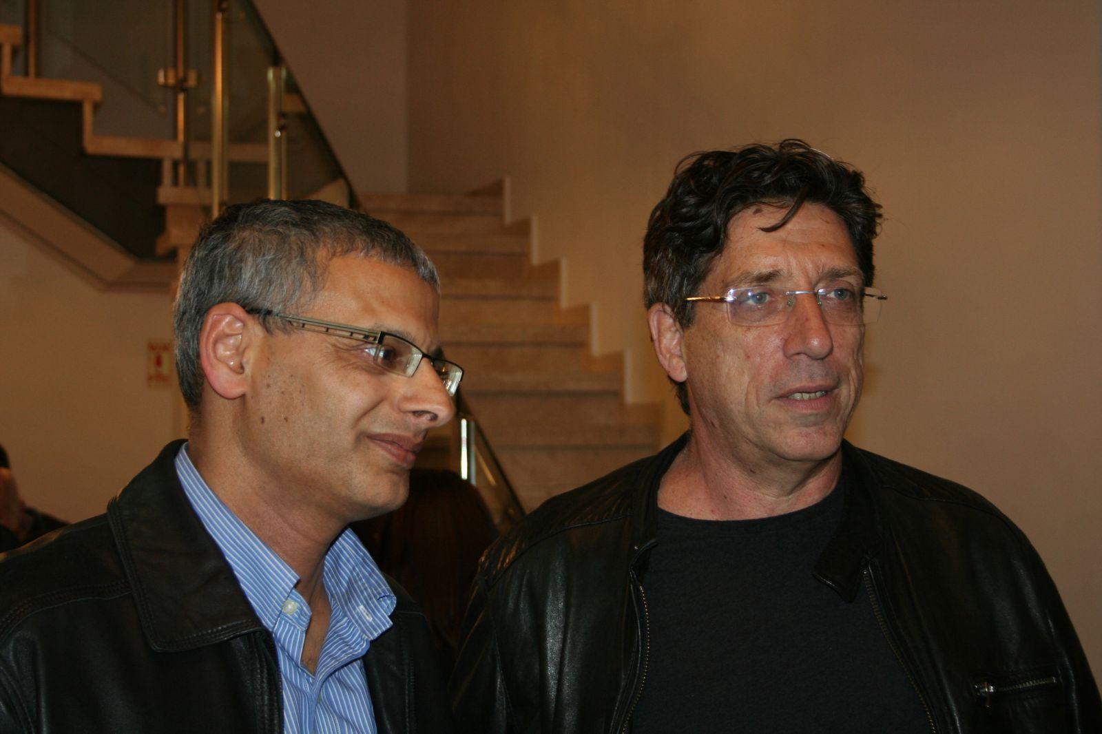 """מנכ""""ל """"גלובס"""" איתן מדמון (משמאל) והעורך הראשי חגי גולן, 2014 (צילום: """"העין השביעית"""")"""