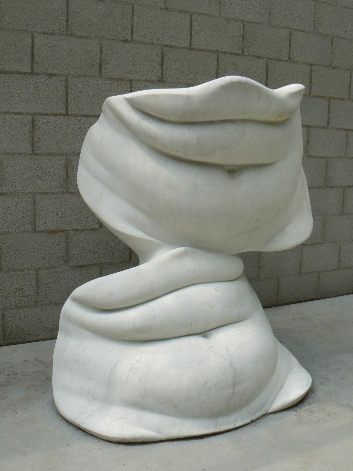 """""""בטנים"""" (Bellies ), אלינה שפוצ'ניקוב, 1968 (צילום: גררדוס, נחלת הכלל)"""