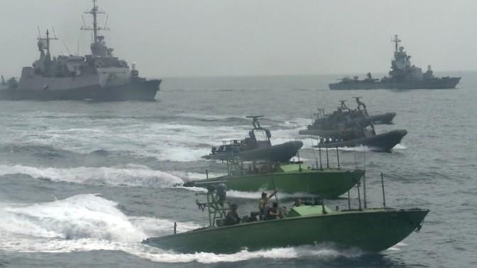 """צי הספינות הישראלי שלכד את ספינת הנשק קלוז-סי בלב ים, 5.3.14 (צילום: דובר צה""""ל)"""