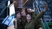 מאחורי הקלעים של טקס הדלקת המשואות בהר הרצל, יום העצמאות ה-66 (צילום: יונתן זינדל)