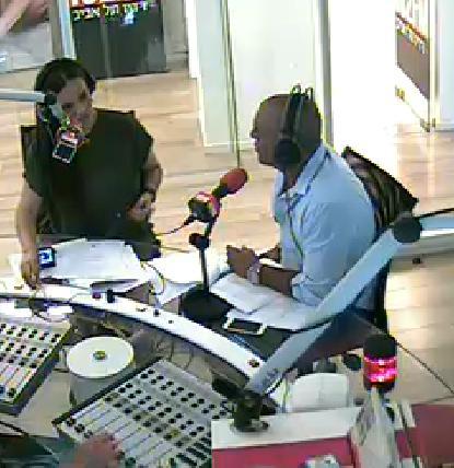 אופירה אסייג ואייל גולן באולפן רדיו 102 (צילום מסך)
