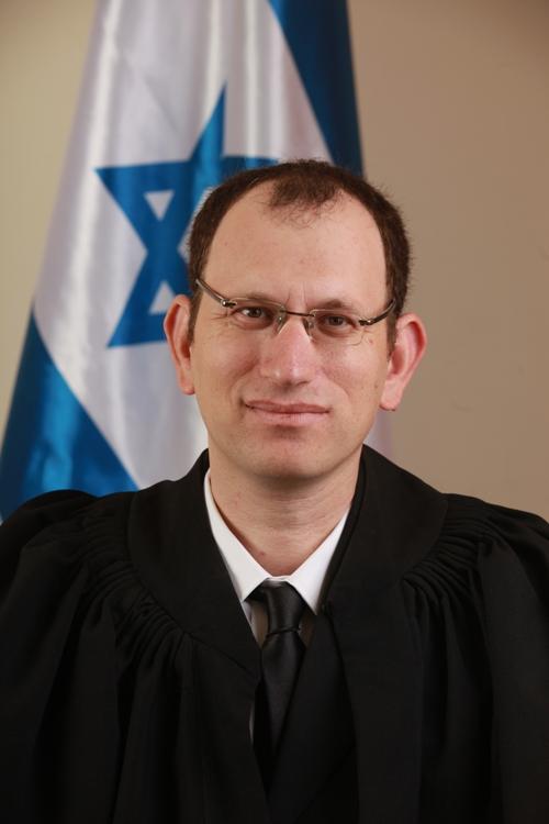 השופט מרדכי בורשטין (צילום: אתר בתי-המשפט)