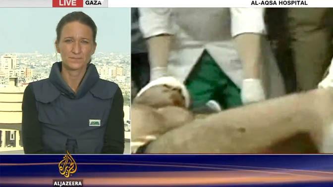 סטפני דקר, כתבת אל-ג'זירה באנגלית בעזה (צילום מסך)
