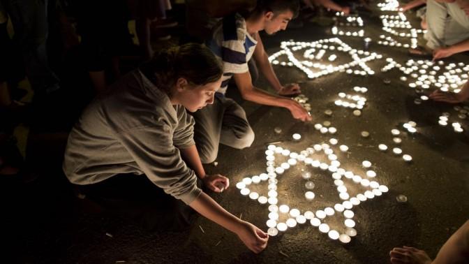 צומת גוש עציון בליל מציאת גופות הנערים (צילום: יונתן זינדל)