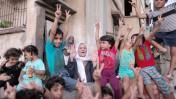 """קהל ב""""תהלוכת ניצחון"""" פלסטינית בתום מבצע """"צוק איתן"""", עזה, 26.8.14 (צילום: עמאד נסאר)"""