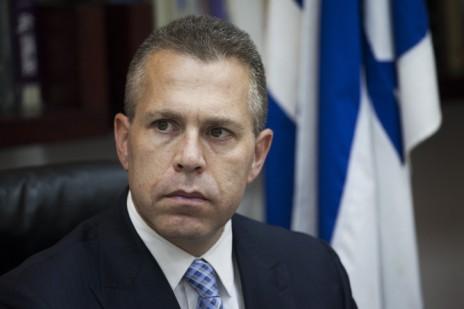 שר התקשורת גלעד ארדן בישיבת הוועדה למינוי שופטים, 21.9.14 (צילום: יונתן זינדל)