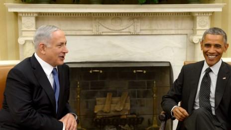 """נשיא ארה""""ב ברק אובמה וראש ממשלת ישראל בנימין נתניהו בפגישה בבית-הלבן, 1.10.14 (צילום: אבי אוחיון, לע""""מ)"""
