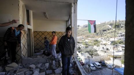 ביתו של המחבל עבד אל-רחמן שלודי, לאחר שנהרס על-ידי ישראל, 19.11.14 (צילום: סלימאן ח'אדר)