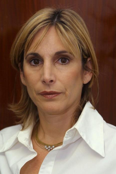 """נחמה רונן, כיום יו""""ר תאגיד אל""""ה, בעת שהיתה חברת-כנסת מטעם מפלגת המרכז, אוקטובר 2002 (צילום: פלאש 90)"""