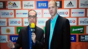 גור שלף וניב רסקין בערוץ 10, לפני שידור המשחק של מכבי תל-אביב מול פנתינייקוס (צילום מסך)
