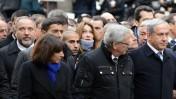 """ראש ממשלת ישראל בנימין נתניהו (מימין) ושר החוץ אביגדור ליברמן (משמאל) בעצרת ההמונים הממלכתית בפריז בעקבות הטבח ב""""שרלי הבדו"""" (צילום: חיים צח, לע""""מ)"""