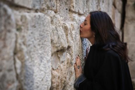 """ח""""כ מירי רגב מבקרת בעיר העתיקה בירושלים, 21.12.14 (צילום: הדס פרוש)"""