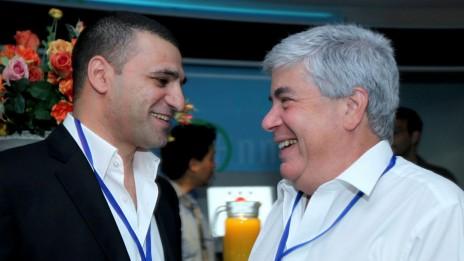 עמי אראל (מימין) וחיים גבריאלי, יוני 2009 (צילום: משה שי)