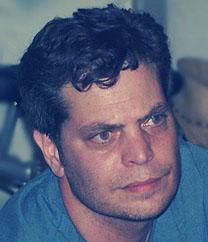 """שי גולדן, סגן עורך """"מעריב"""" מיוני 2011 עד נובמבר 2012 (צילום: """"העין השביעית"""")"""