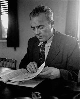"""זלמן ארן, 1947 (צילום: זולטן קלוגר, לע""""מ)"""