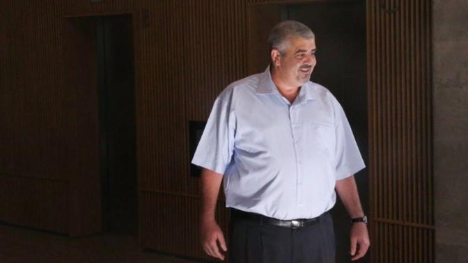 שלומי לחיאני בבית-המשפט המחוזי בתל-אביב, 27.4.15 (צילום: פלאש 90)