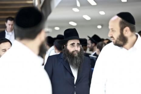 הרב יאשיהו פינטו בבית-המשפט המחוזי בתל-אביב, 12.5.15 (צילום: מגד גוזני)