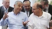 שר האוצר משה כחלון משוחח עם שר הביטחון משה יעלון. ירושלים, 19.5.15 (צילום: מארק ישראל סלם)