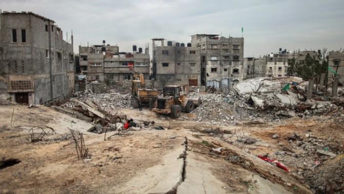 """חורבות בתים שנהרסו במהלך מבצע """"צוק איתן"""", שג'עייה, רצועת עזה, 27.1.15 (צילום: פלאש 90)"""