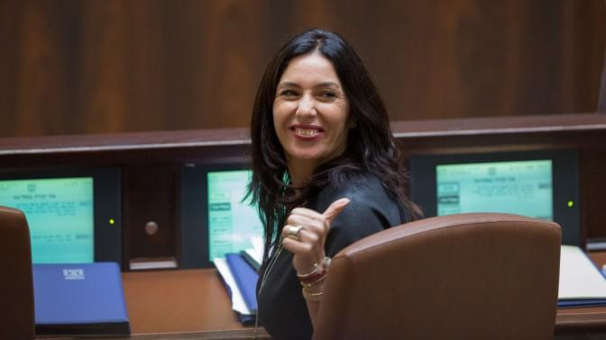 שרת התרבות והספורט מירי רגב במליאת הכנסת, אתמול (צילום: יונתן זינדל)