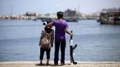ילד וילדה בעיר עזה, 16.6.15 (צילום: אעד טאיה)