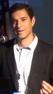 """בנימין (ביני) זומר, מנכ""""ל נובל אנרג'י בישראל (צילום מסך)"""