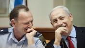 יוחנן לוקר נפרד ממשרת המזכיר הצבאי של ראש הממשלה בנימין נתניהו, 4.11.12 (צילום: אורי לנץ)