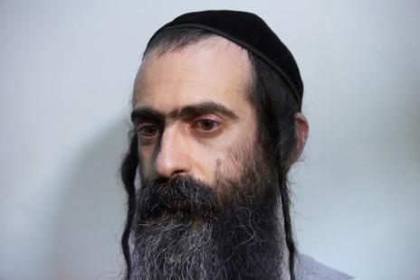 ישי שליסל בבית-המשפט בירושלים, 31.7.15 (צילום: יונתן זינדל)