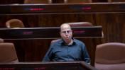 """שר הביטחון, משה (""""בוגי"""") יעלון. מליאת הכנסת, 15.6.15 (צילום: יונתן זינדל)"""