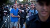 ישי שליסל, מיד אחרי שדקר שישה צועדים במצעד הגאווה בירושלים. אחת מהן, שירה בנקי, מתה מאוחר יותר מפצעיה. 30.7.15 (צילום: פלאש 90)