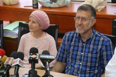 גדליה ושרה מאייר, הוריו של העצור המינהלי מרדכי מאייר, 5.8.15 (צילום: פלאש 90)