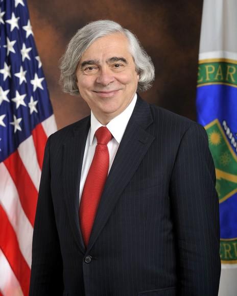 שר האנרגיה של ארצות-הברית, פרופ' ארנסט מוניז (נחלת הכלל)