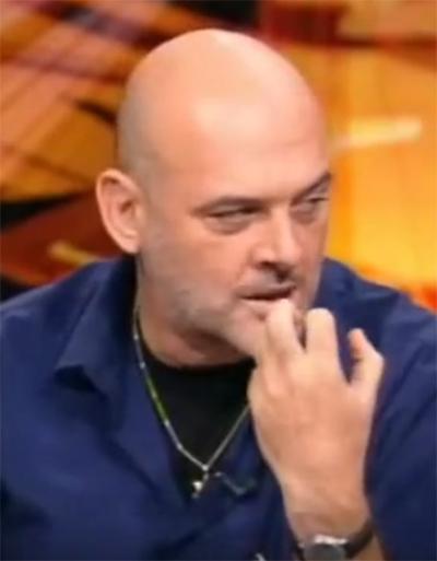 """דורון צברי (צילום מסך מתוך התוכנית """"תיק תקשורת"""")"""
