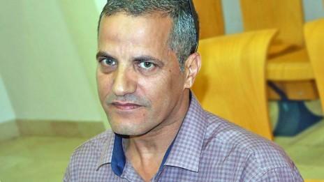 העיתונאי יאסר עוקבי, בית-הדין לעבודה בבאר-שבע, 8.11.15 (צילום: אורן פרסיקו)