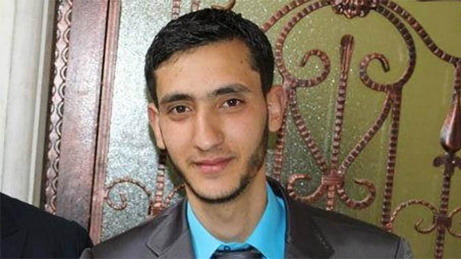 העיתונאי עלי אל-עוויווי, הנמצא במעצר מינהלי (צילום: מדף הפייסבוק)