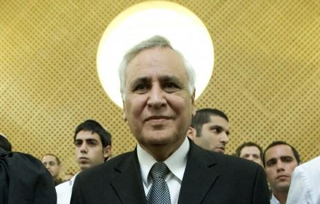 משה קצב בבית-המשפט העליון, 10.11.2011 (צילום: עומר מירון)