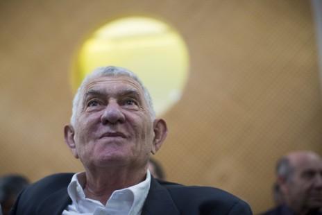 ראש עיריית רמת-גן לשעבר, צבי בר, בבית-המשפט העליון, 14.7.2013 (צילום: יונתן זינדל)