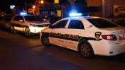 ניידות משטרה בזירת רצח, חולון, 21.12.15 (צילום: מוטי קרליץ)
