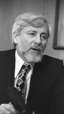 """אורי אבנרי, 1979 (צילום: יעקב סער, לע""""מ)"""