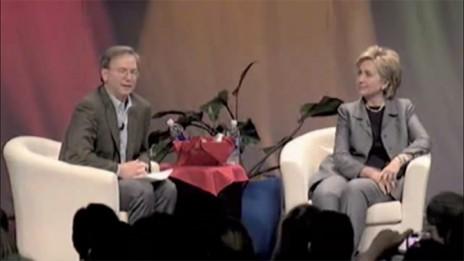 אריק שמידט והילרי קלינטון (צילום מסך)