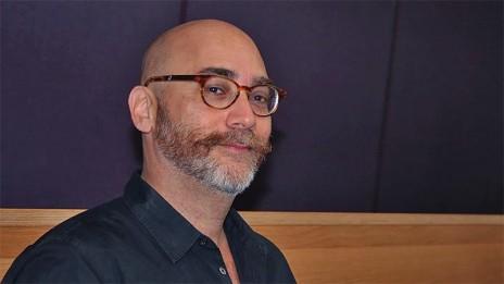 ניר בכר, עורך מהדורת השבת של חדשות 13 (צילום: אורן פרסיקו)