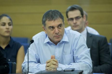 """שלמה פילבר, מנכ""""ל משרד התקשורת. הכנסת, 2.8.16 (צילום: יונתן זינדל)"""