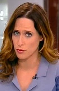 יונית לוי, מגישת מהדורת החדשות המרכזית של ערוץ 2. בעלת אחוז הייצוג הנמוך ביותר מבין המהדורות המקבילות (צילום מסך)