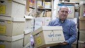 שמעון אלקבץ באולפני קול-ישראל, בימים האחרונים של רשות השידור. 10.5.17 (צילום: נעם ריבקין-פנטון)