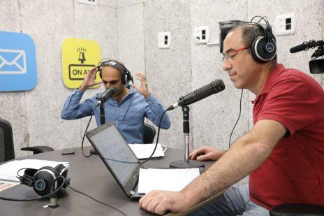 מימין: קלמן ליבסקינד ואסף ליברמן (צילום: רפי דלויה)