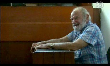 """יצחק יעקב, """"יצה"""", מתוך """"ממלכת הסוד"""", סרטו של ניר טויב (צילום מסך)"""