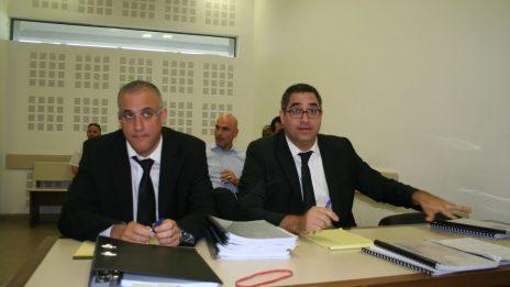 מימין: עורכי-הדין רונן בוך, אפי נוה ושמוליק קסוטו, 17.7.2017 (צילום: אורן פרסיקו)